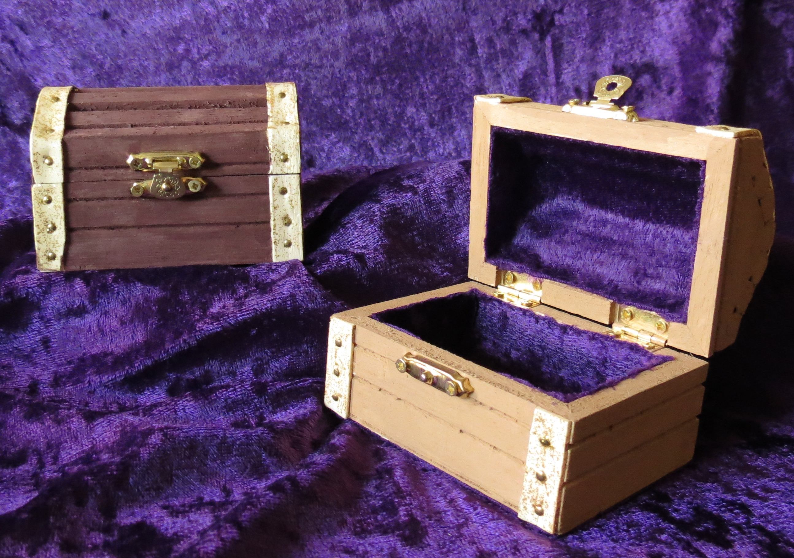 treasure-chest-trinket-box